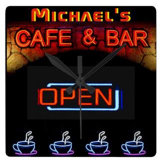 Neonlicht BAR-CAFÉ offene Kaffeetassen Quadratische Wanduhr