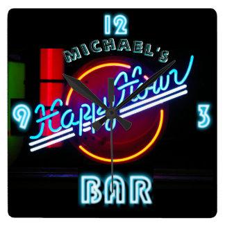 Neonlicht BAR-UHR personalisierte glückliche Quadratische Wanduhr