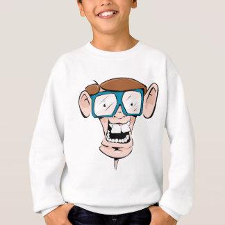 Nerd mit lebhafter Cartoonillustration der großen Sweatshirt