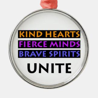 Nette Herzen, heftiger Verstand, tapferer Geist Rundes Silberfarbenes Ornament