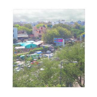 Neu-Delhi Indien Verkehrsansichten von den Notizblock