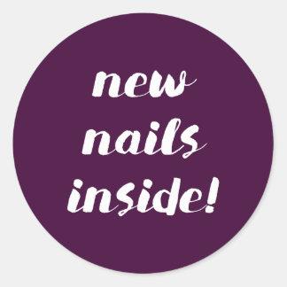 Neue Nägel nach innen! Feigenaufkleber Runder Aufkleber