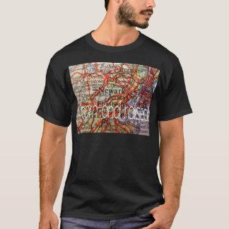 Newark geboren und angehoben T-Shirt