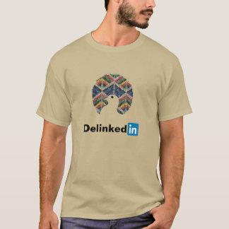 Nicht-Ausgerichtete Bewegung Delinked im Shirt