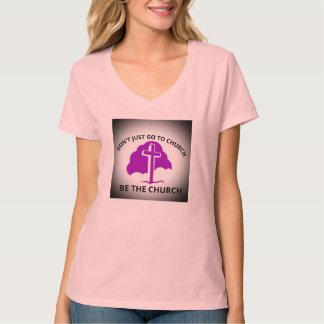 Nicht gerade zur Kirche sind gehen der T-Shirt