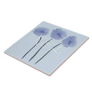 Niedliche abstrakte Anemonen auf Blau addieren Fliese