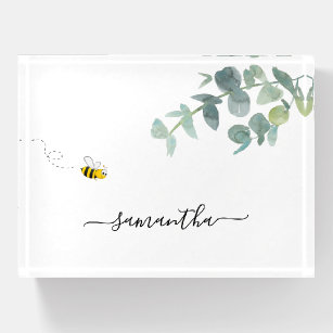 Niedliche Bienenmonogramm Eukalyptuswein Briefbeschwerer