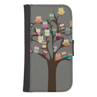 Niedliche Eule auf Hintergrund des Baum-| Galaxy S4 Portmonnaies