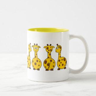 Niedliche gelbe Giraffen-Muster-Tasse