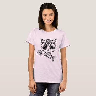 Niedliche illustrierte Eule T-Shirt