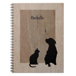 Niedliche Katzen- u. HundeSilhouetten auf Holz Notizblock