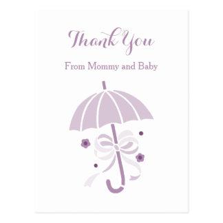 Niedliche lila Regenschirm-und Bogen-Baby-Dusche Postkarte