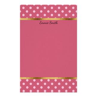 Niedliche personalisierte rosa Polka-Punkte und Briefpapier