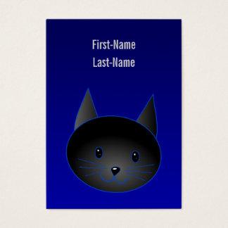 Niedliche schwarze Katze auf tiefem Visitenkarte