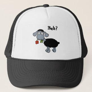 Niedliche schwarze Lamm-Schafe mit der roten Blume Truckerkappe
