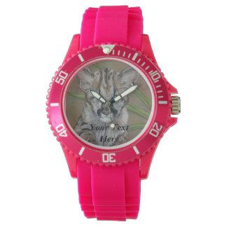 niedliche Tierrealistkunst der großen Katze Baby Uhr