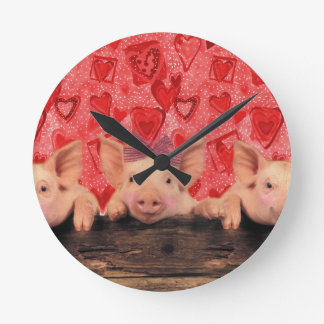 Niedliche Valentineschweine Runde Wanduhr