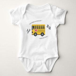Niedlicher Babybodysuit-Kinderzimmerreim dreht Baby Strampler