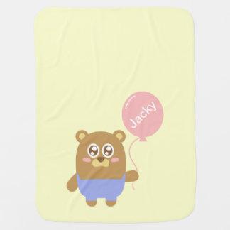 Niedlicher brauner Bär mit rosa Ballon, für Babys Babydecke