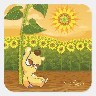 Niedlicher Cartoon-Bär mit Sonnenblumen Quadratischer Aufkleber