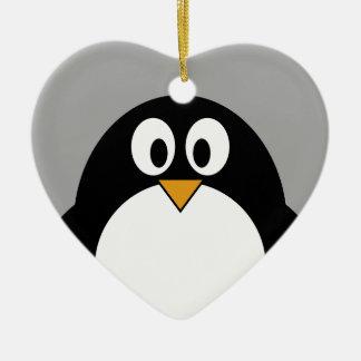 Niedlicher Cartoon Penguin mit grauem Hintergrund Keramik Ornament