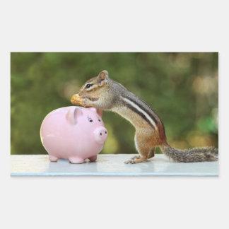 Niedlicher Chipmunk mit lustiges Geld-Piggy Rechteckiger Aufkleber