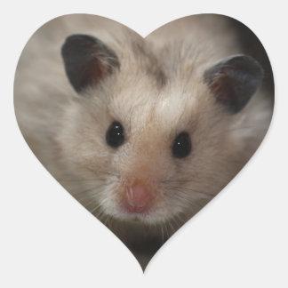 Niedlicher flaumiger Hamster Herz-Aufkleber