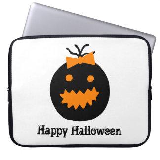 Niedlicher Halloween-Kürbis mit Bogen Laptop Sleeve