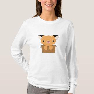 Niedlicher Kawaii Fox in einem Kasten-T - Shirt