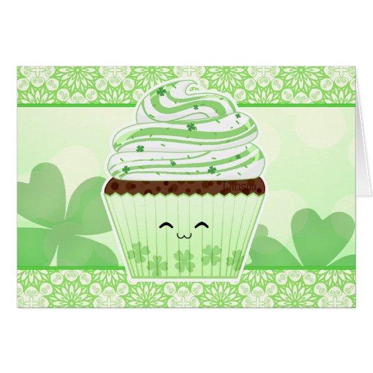 Niedlicher kleiner Kuchen kawaii St. Patricks Grußkarte