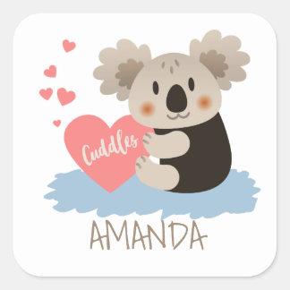 Niedlicher Koala streichelt ID386 Quadratischer Aufkleber