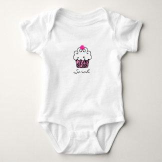 Niedlicher Kuchen-personalisiertes Baby Onsie Babybody