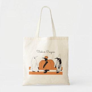 Niedlicher lustiger Penguin Halloween Budget Stoffbeutel