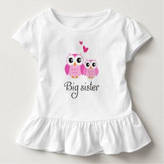 Niedlicher rosa Cartoon der kleinen Schwester der Kleinkind T-shirt