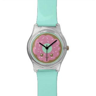 Niedlicher rosa Krapfen Uhr