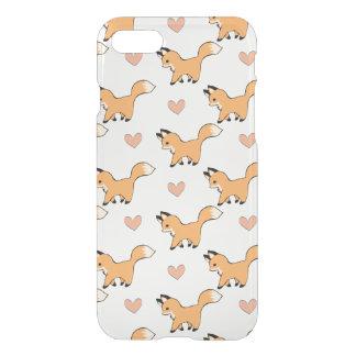 Niedlicher roter Fox und Herzen iPhone 8/7 Hülle