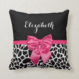 Niedlicher schwarzer Giraffen-Druck-Girly rosa Zierkissen