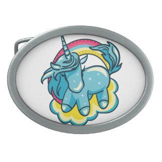 Niedlicher Unicorn mit cooler Illustration des Ovale Gürtelschnallen
