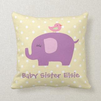 Niedliches Baby-Elefant-und Vogel-personalisiertes Kissen