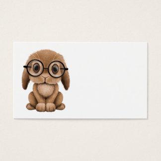 Niedliches Brown-Baby-Häschen-tragende Gläser Visitenkarte