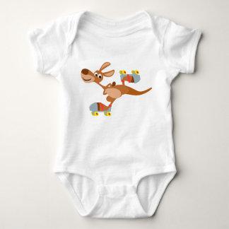 Niedliches Cartoon-Skaten-Känguru-Baby-Kleid Baby Strampler