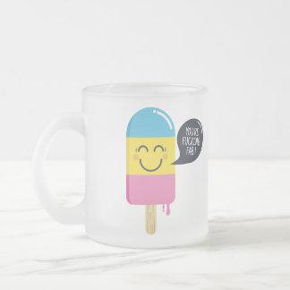 Niedliches Eiscremelächeln - Sie sind Toll-Lustige Mattglastasse