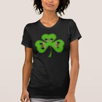 Niedliches Kawaii Kleeblatt T-Shirt