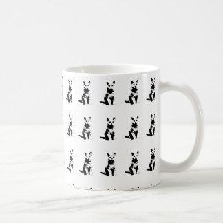 niedliches Kopieren der schwarzen Katzen Kaffeetasse