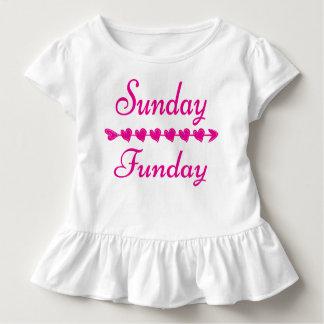 Niedliches lustiges rosa Herz Sonntags Funday Kleinkind T-shirt