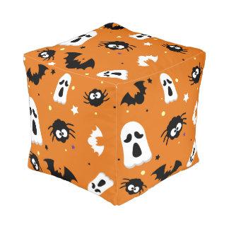 Niedliches Muster Halloweens Kubus Sitzpuff