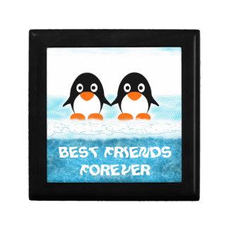 Niedliches Penquin auf Eisberg-Kasten-Besten Geschenkbox