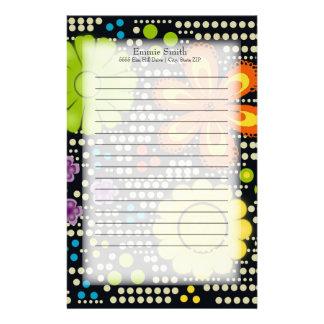 Niedliches personalisiertes grünes gelb-orangees briefpapier