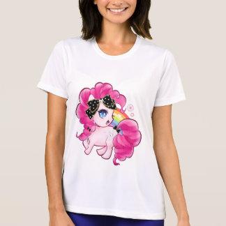 Niedliches rosa Pony mit kawaii Schwarzbogen und T-Shirt