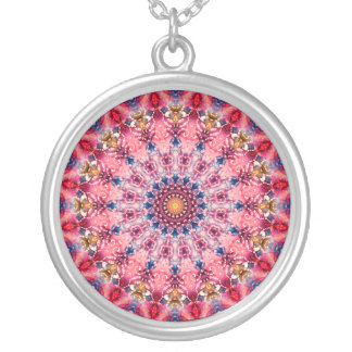 Niedliches rotes und rosa Mandala-Kaleidoskop Versilberte Kette
